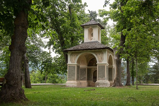Kastelruth, South Tyrol, Pavilion