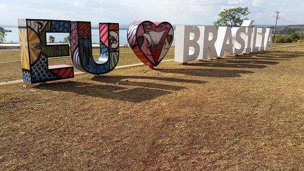 Letters, I Love Brasilia, Declaration Of Love