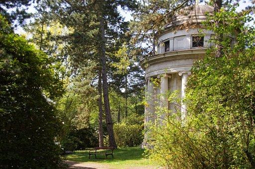Leipzig, Southern Cemetery, Mausoleum, Columnar