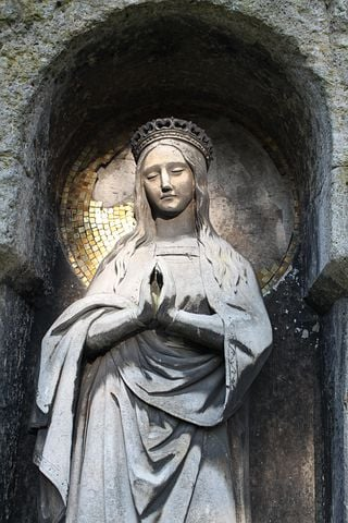 Pray, Holy, Woman, Maria, Cemetery, Southern Cemetery