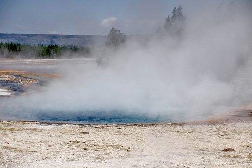 Yellowstone National Park, Wyoming, Usa, Landscape