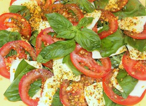 Capresse, Tomato, Mozzarella, Basil