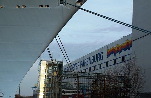 Meyer Shipyard, Ozeanriese, Shipyard, Papenburg Germany