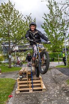 Bike, Jumps, Trial, Jump, Motorcycle, Sport, Extreme