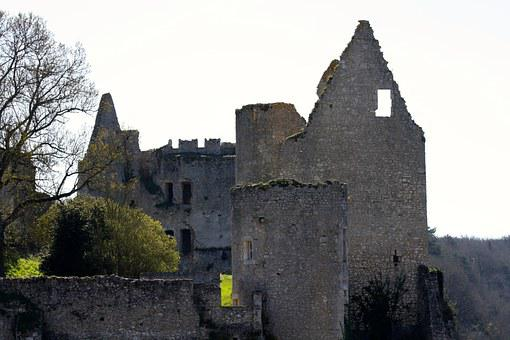 Angles Sur L'anglin, France Castle Ruins, French Castle