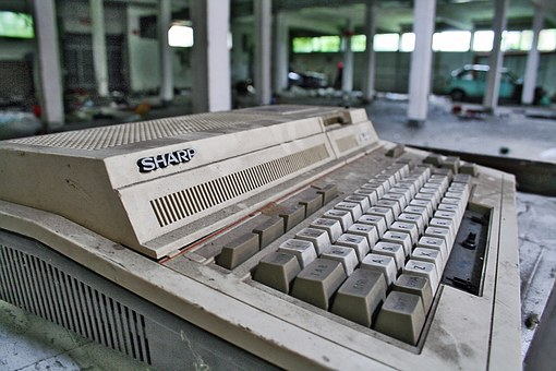 Calculating Machine, Calculator, Computer, Old, Defect