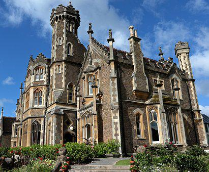 Country Hotel, Oakley Court