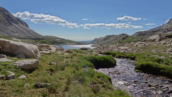Little Blue Lake, Blue Lake, Rocky Mountains, Clouds