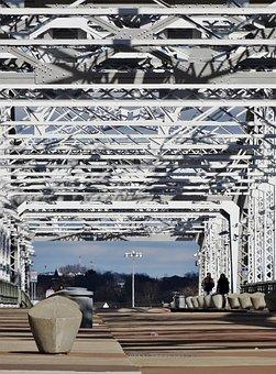Shelby, Bridge, Nashville