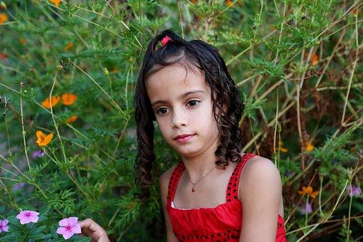 Girl In The Street, Girl In The Garden, Model, Child