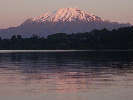 Lake Llanquihue, Calbuco Volcano, Landscape, Wallpaper