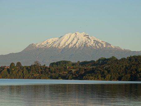 Calbuco Volcano, Lake Llanquihue, Calm, Tourism