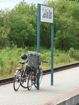 Vacations, Train, Distant, Railway Rails