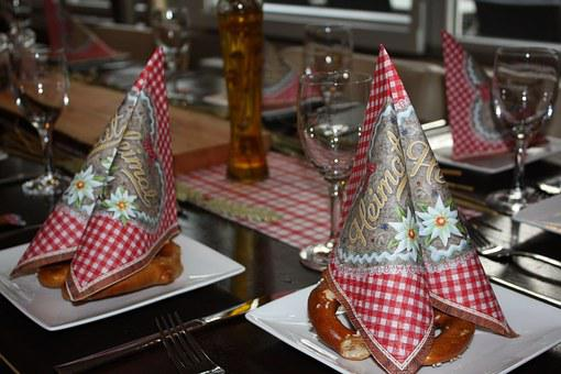Table Decorations, Red White Checkered, Napkins