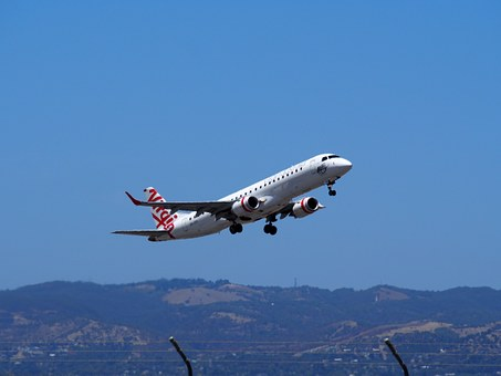 Takeoff, Airplane, Airport, Aviation, Aircraft