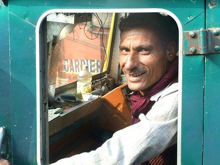 Carman, Truck, India, Green, Azure, Smile