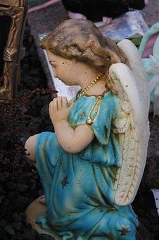 Angel, Pray, Morning Dew, Cemetery