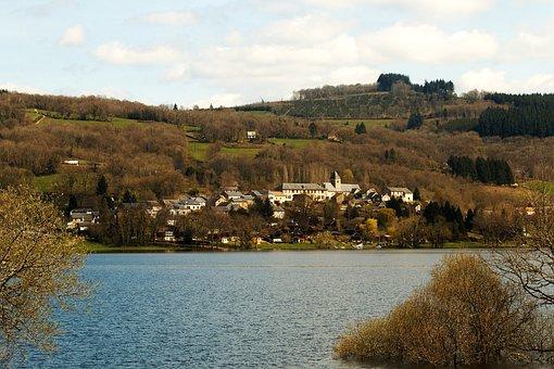 Chaumard, Morvan, Burgundy, Nièvre, Pannecière Lake