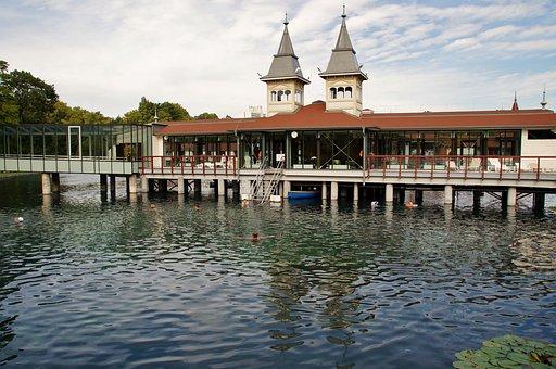 Hevíz, The Thermal Lake, Bathing, Hungary, Spa, Water