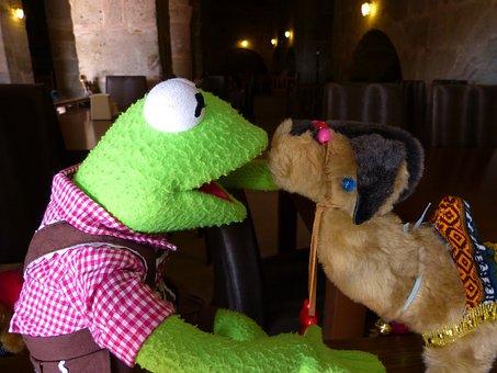 Kermit, Frog, Green, Camel, Kiss, Like, Love