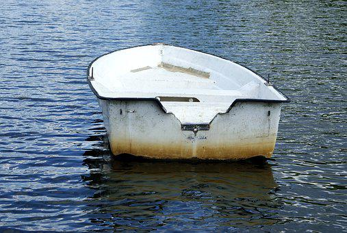 Boat, Delude, Mite, White, Blue, Water, On The Water