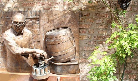 Relief, Bronze, Beer Keg, Köbes, Cologne, Glasses