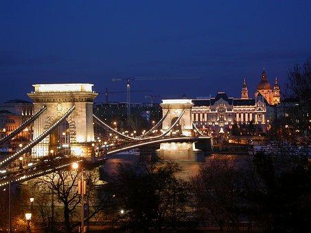 Chain Bridge At Night, Chain Bridge Budapest