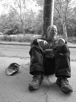 Homeless, Comment On, Sitting, Kéreget, Beggar