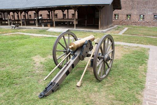 Confederate Cannon, Fort James Jackson, Cannon