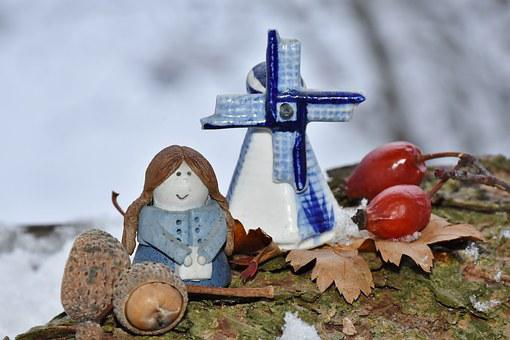 Figures, Baby Doll, Mill, Blue, White, Windmill, Mood