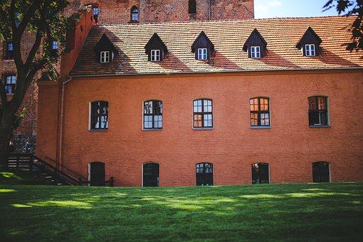 Wall, Castle, Building, Architecture, Windows, Bricks