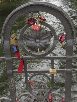 Hanging, Locks, Engravings, Relationship, Love, Gravure
