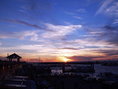 The Evening Sun, Purple, 籃, Clouds