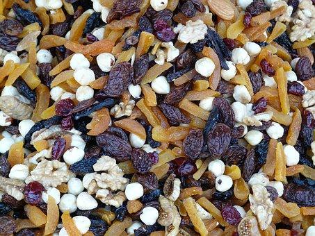 Trail Mix, Mix, Walnut Kernels, Raisins, Hazelnuts