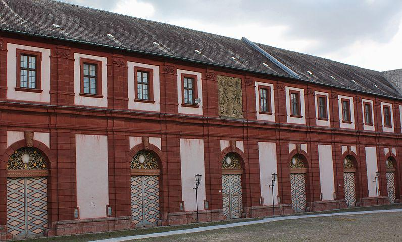 Castle Tract, Barakenbau, Inlays, Gates