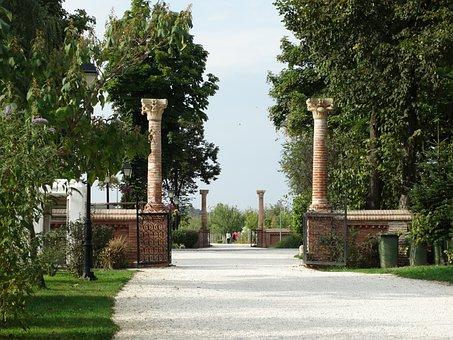 Gate, Columns, Palace Mogosoaia, Castle