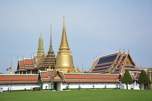 Temple Of The Emerald Buddha, Tourist Attraction