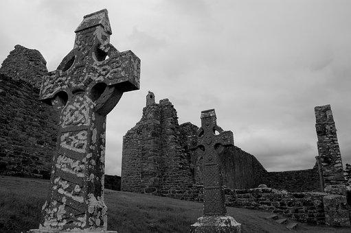 Ruin, Ireland, Clonmacnoise Castle, Crosses, Cemetery