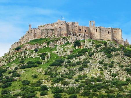 Castle, Hilltop, Ancient, Architecture, Sprawling, Old