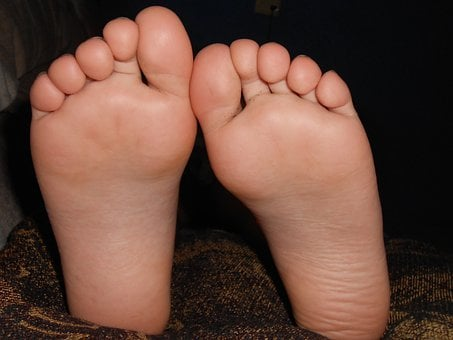 Feet, Girl, Fingers, Parts Of The Body, Barefoot