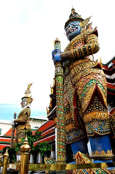 Giant, Temple Of The Emerald Buddha, Statue