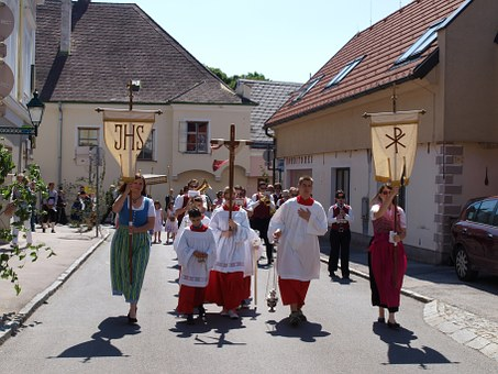 Corpus Christi, Procession, Church, Costume, Flags