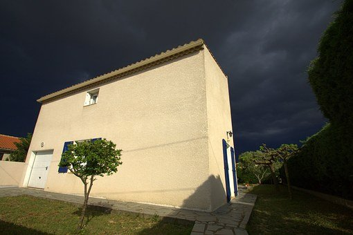 House, Thunder Sky, Heavy Sky, Dramatic Shadows