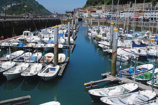 San Sebastian Harbour, Donostia, Spain, Bay, Boat, Sea