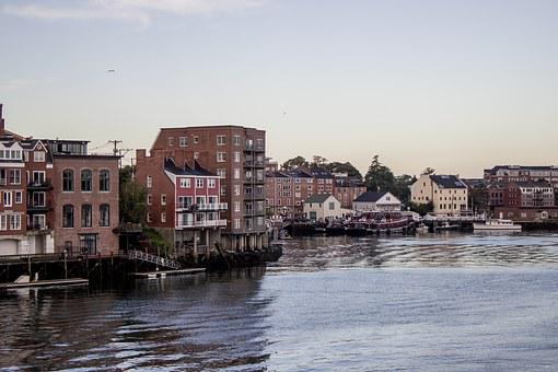 Downtown, Portsmouth, Nh, Tug Boats, New Hampshire