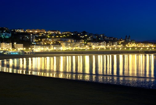 The Concha Bay, San Sebastian, Lights, Highlights