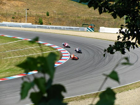 Max Biaggi, Marco Melandri, Carlos Checa, Racing, Race