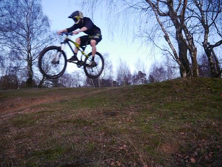 Srpung, Dig Trenches, Mountain Bike, Movement