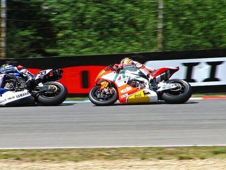 Marco Melandri, Max Biaggi, Racing, Racing Motorcycle