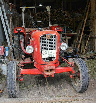 Tractor, Oldtimer, The Hotel G 30